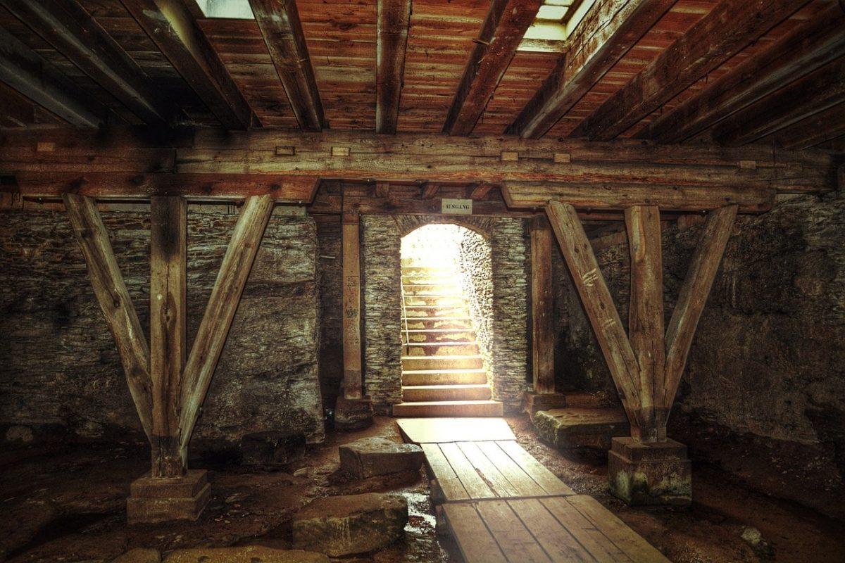 poutres de bois anciennes